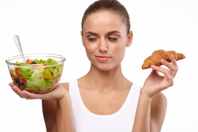 食生活が乱れやすいからこそサプリメントの活用を!